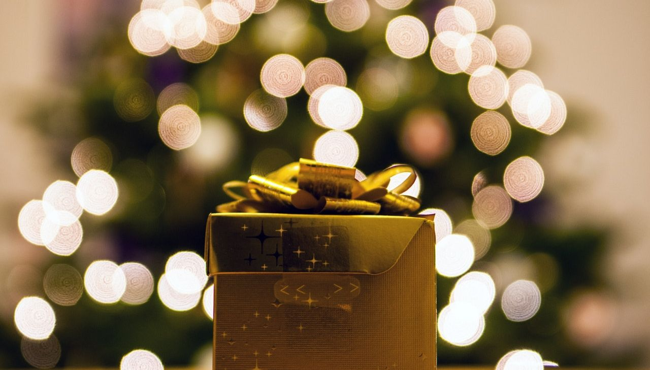 6 Steps on How to Purchase an Ideal Diwali Gift !!