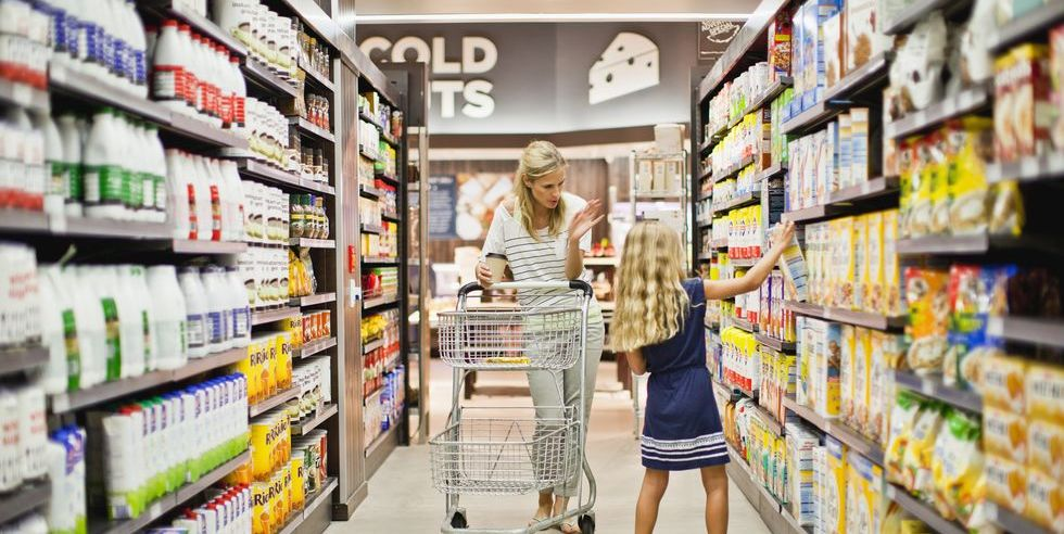 Top 7 tips for beginners while shopping for groceries